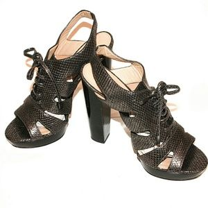 Coach Cage Heels in embossed Leather